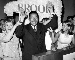 Edward Brooke, first African-American elected to the US Senate, dies at 95